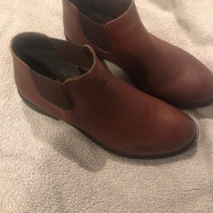 DNA Footwear Leather Ankle boots New Sz 8